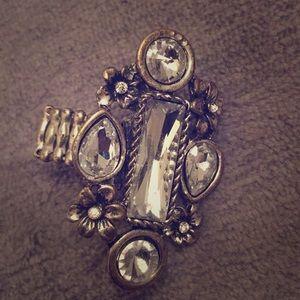 Jewelry - Pretty adjustable ring